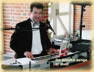De danske sange er med